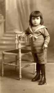 Georges Marchais à l'âge de la communion