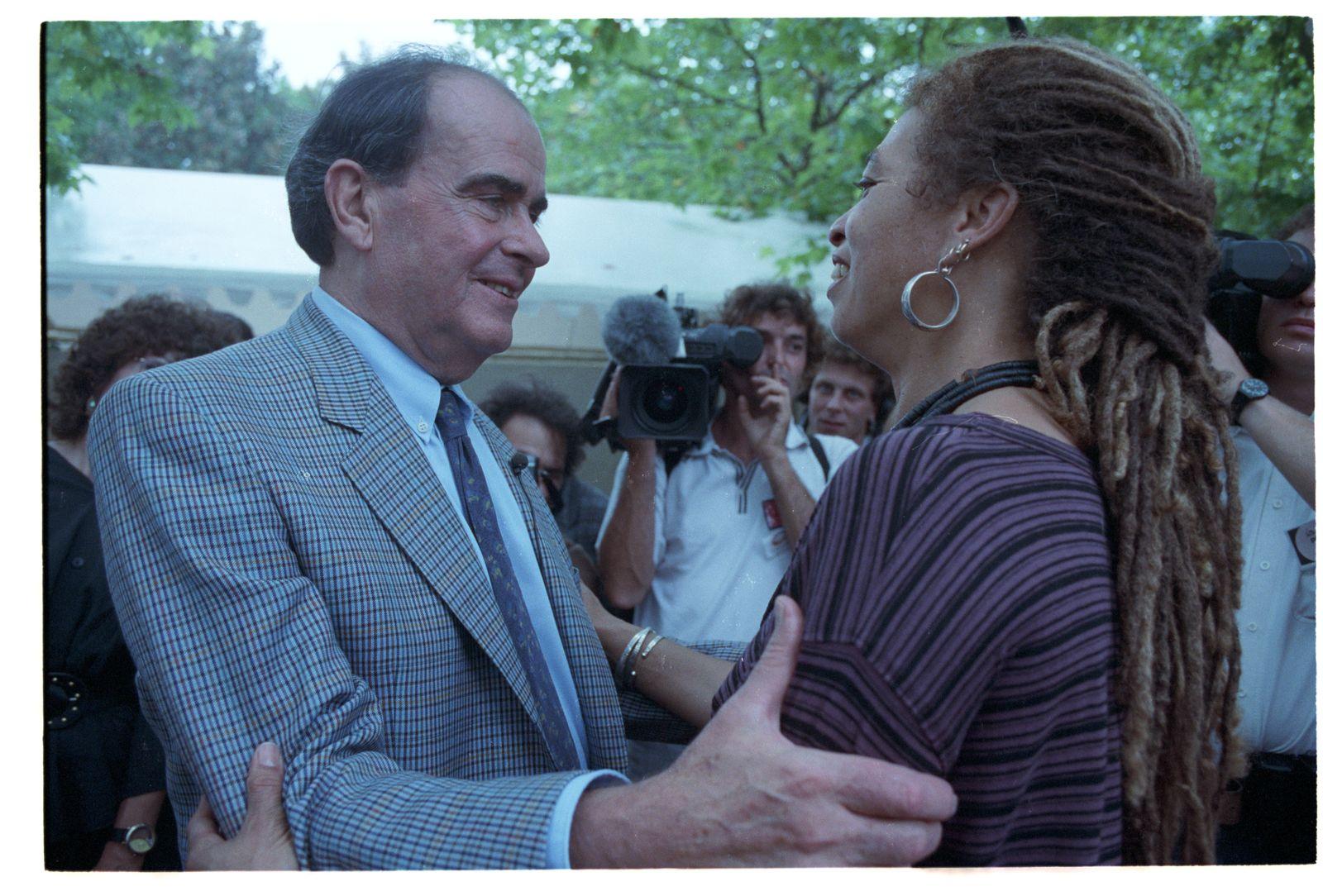 Georges Marchais et Angela Davis - fête de l'Huma - 1991