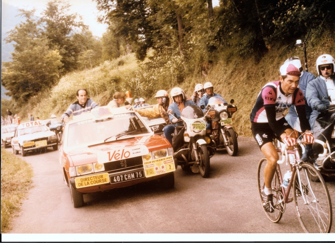 Georges Marchais sur le tour de France - 1980 derrière Raymond Martin